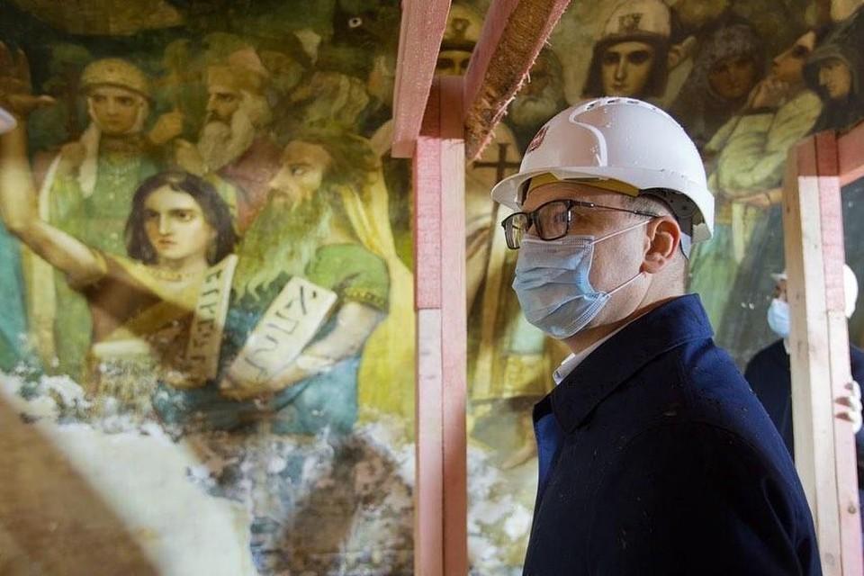 Храм Александра Невского в Челябинске открыл старинные фрески школы Васнецова