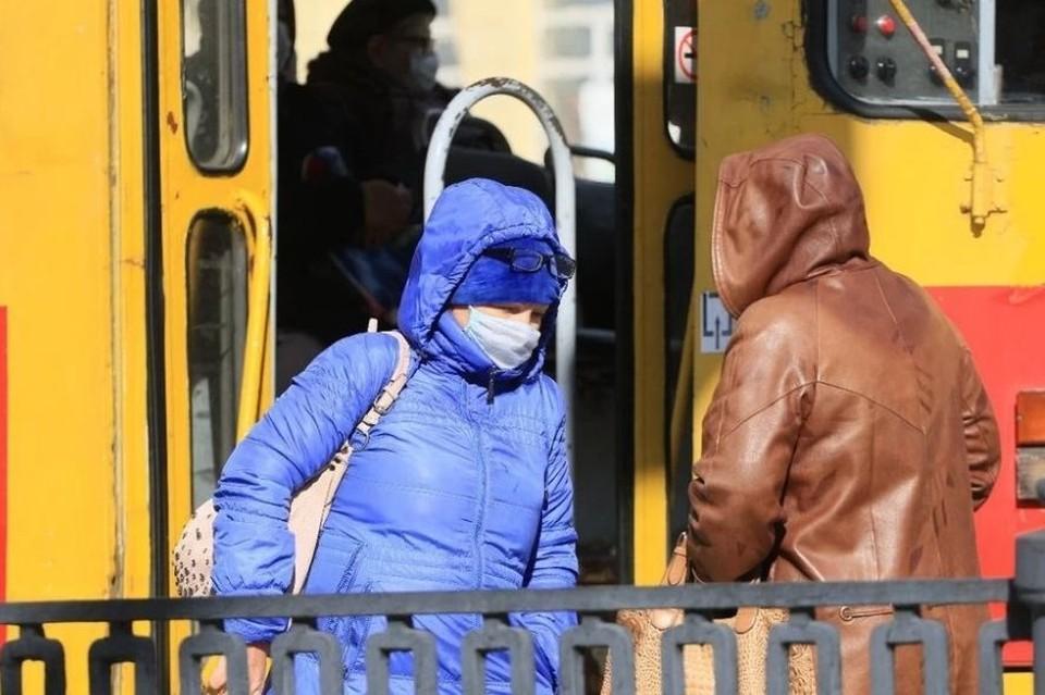 Коронавирус в Алтайском крае, последние новости на 29 октября 2020: бунтующих антимасочников ждет суд