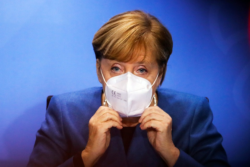Меркель предрекает ФРГ коллапс из-за коронавируса