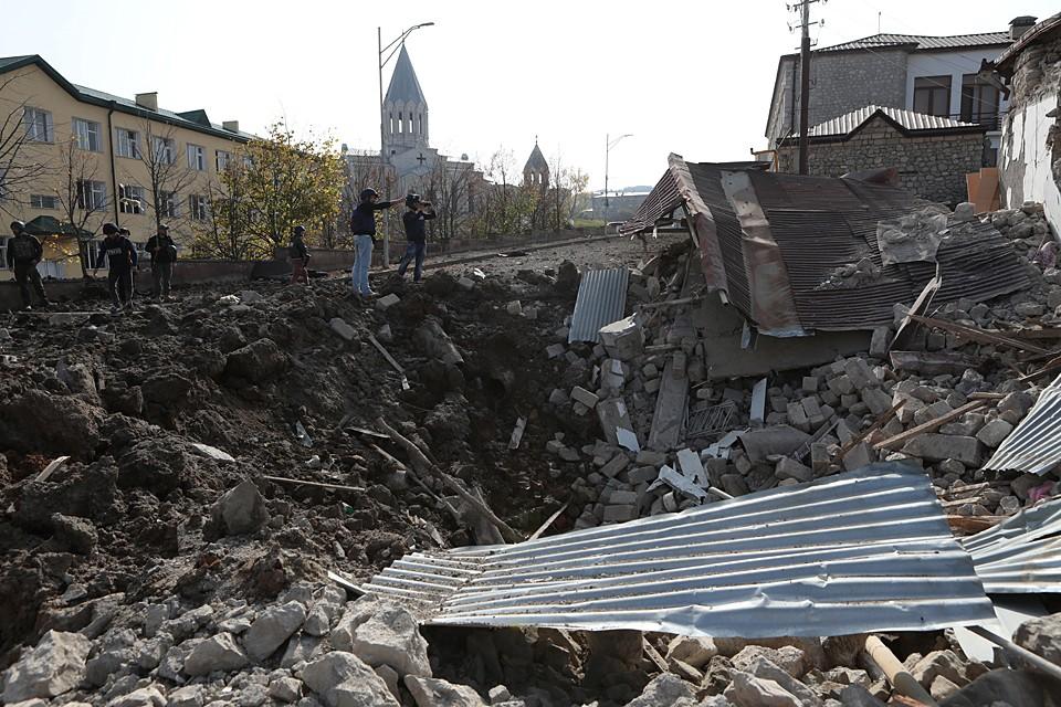 Последствия ударов по городу Шуша