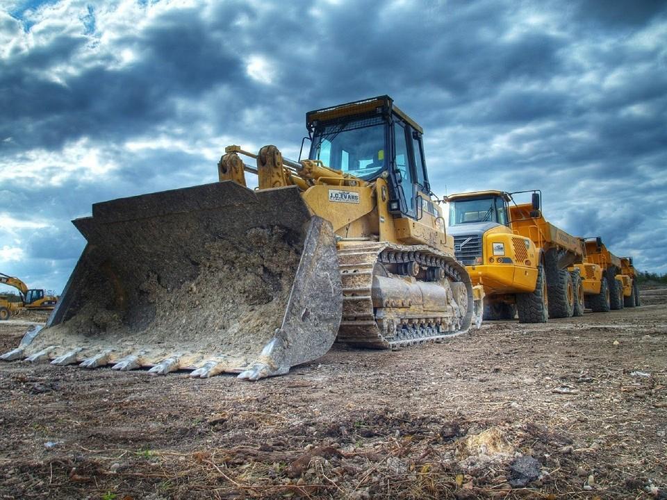 В Ханымее готовят стройплощадку для нового дома