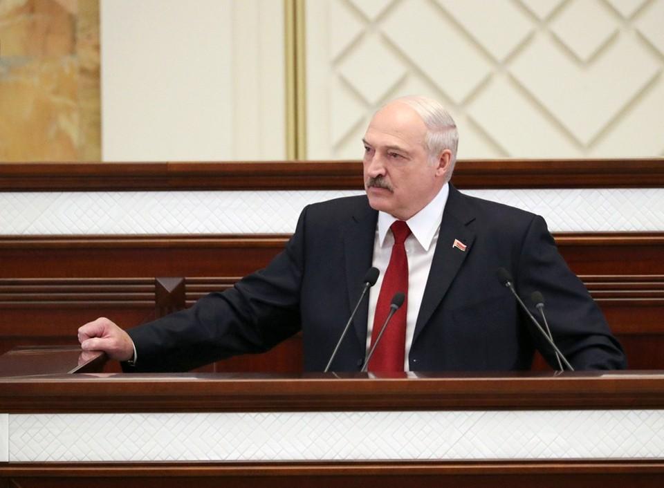 Лукашенко заявил, что будут приняты меры о непризнании дипломов, полученных за границей. Фото: БелТА