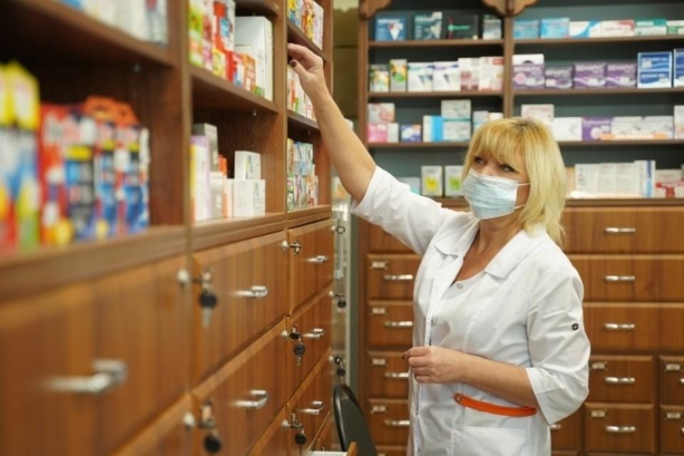 В Кузбасс везут 97 000 упаковок антибиотиков и противовирусных препаратов