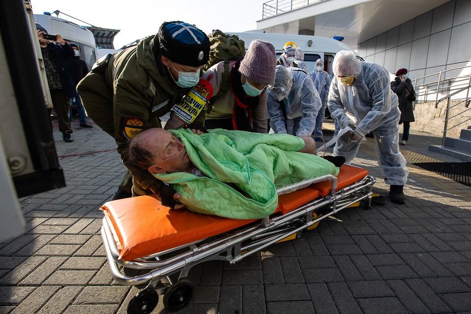 Из больницы эвакуировали 158 пациентов