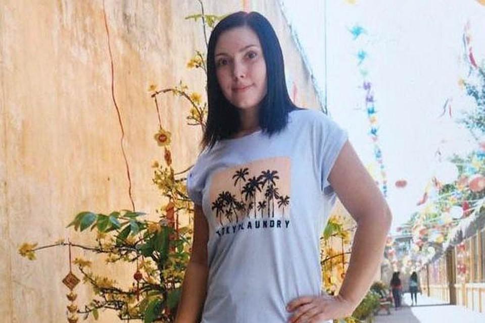 Вся страна узнала о 34-летней ростовчанке Марии Дапирка после того, как 23 августа 2014 года девушку задержали в аэропорту Вьетнама.