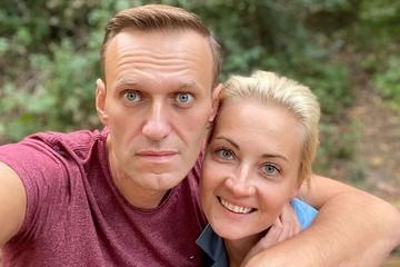 Жена Навального - российским врачам: Приступ у Алексея мог случиться из-за строгих диет