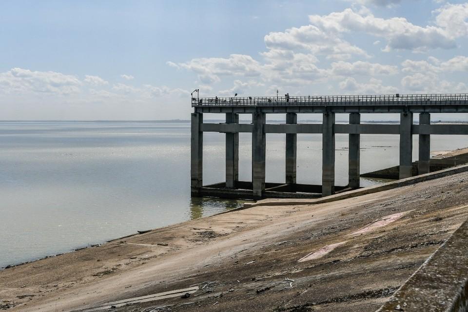 Краснодарское водохранилище обмелело летом 2020 года