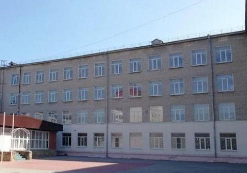 Недетские страсти кипят в школе города-героя. Фото: gorod-novoross.ru