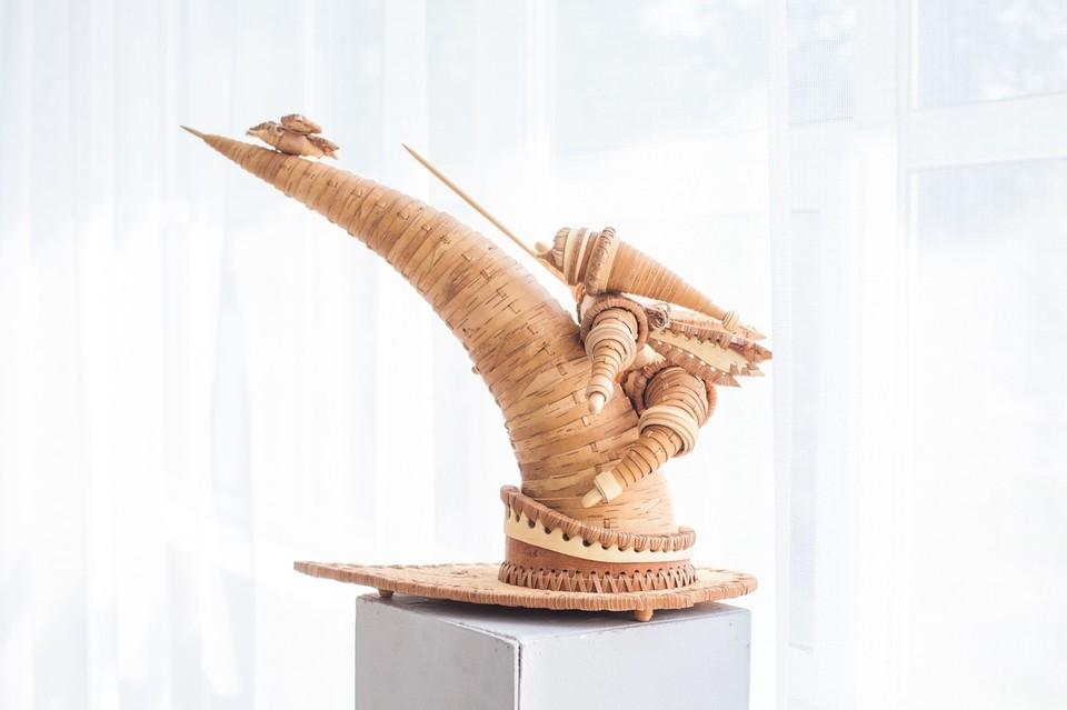 Каждый предмет на выставке не просто наполнен теплом рук мастеров, но сам излучает его. Фото: Городской выставочный зал