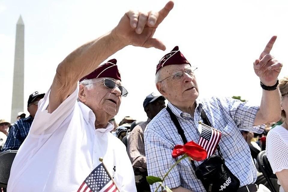 В понедельник стало известно что президент России своим указом наградил медалью Ушакова 17 американцев, которые во время Второй Мировой участвовали в северных конвоях.