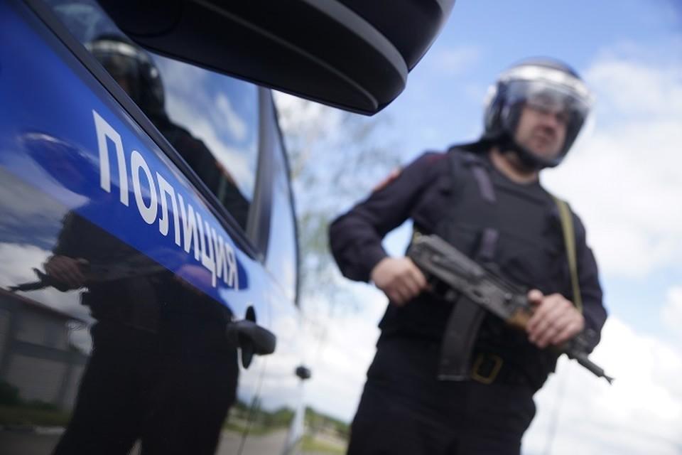 Заявитель отказался открыть дверь полицейским