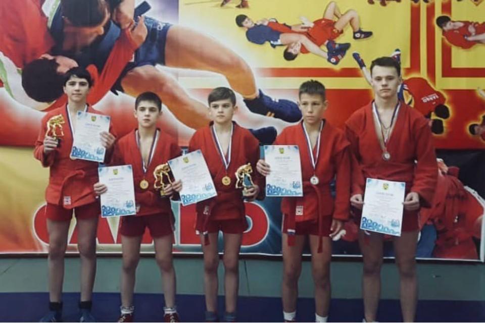 Пять кировских спортсменов стали призерами турнира. Фото: vk.com/youthsport43