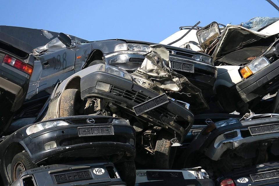 «Будут завозить только массовые модели»: к чему приведет повышение утильсбора на автомобили в 2021 году