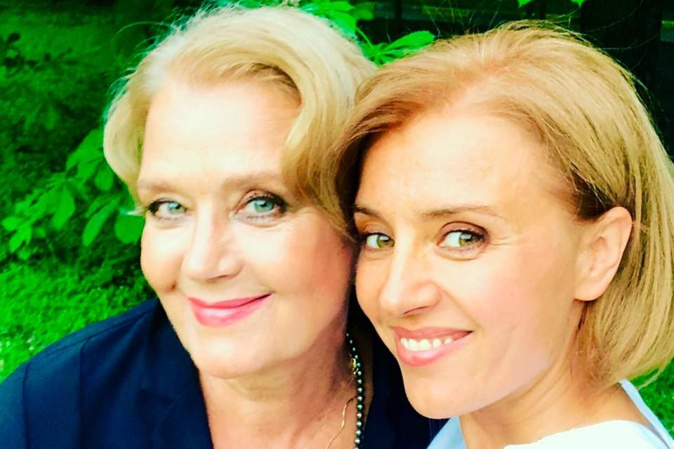 Ксения Алферова и мама Ирина. Фото: instagram.com/ksenialferova