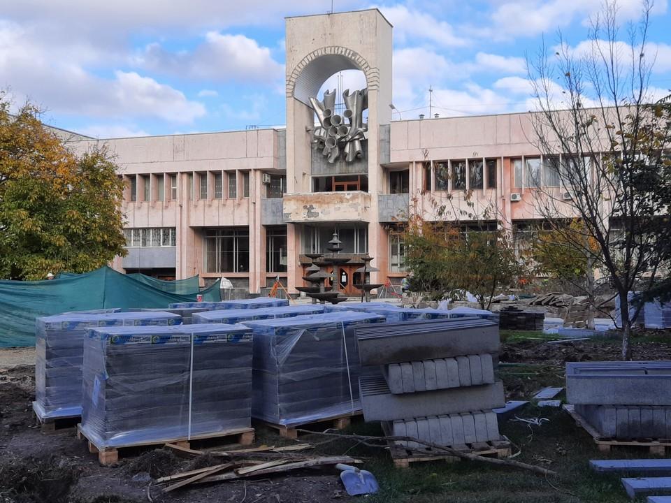 Сквер должен быть готов к 25 декабря