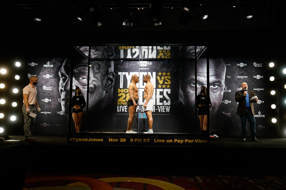 Бой между Майком Тайсоном и Роем Джонсом состоится 28 ноября