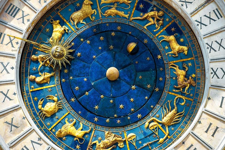В этот день Сатурн и Юпитер соединятся в знаке Водолея, под которым находится наша страна