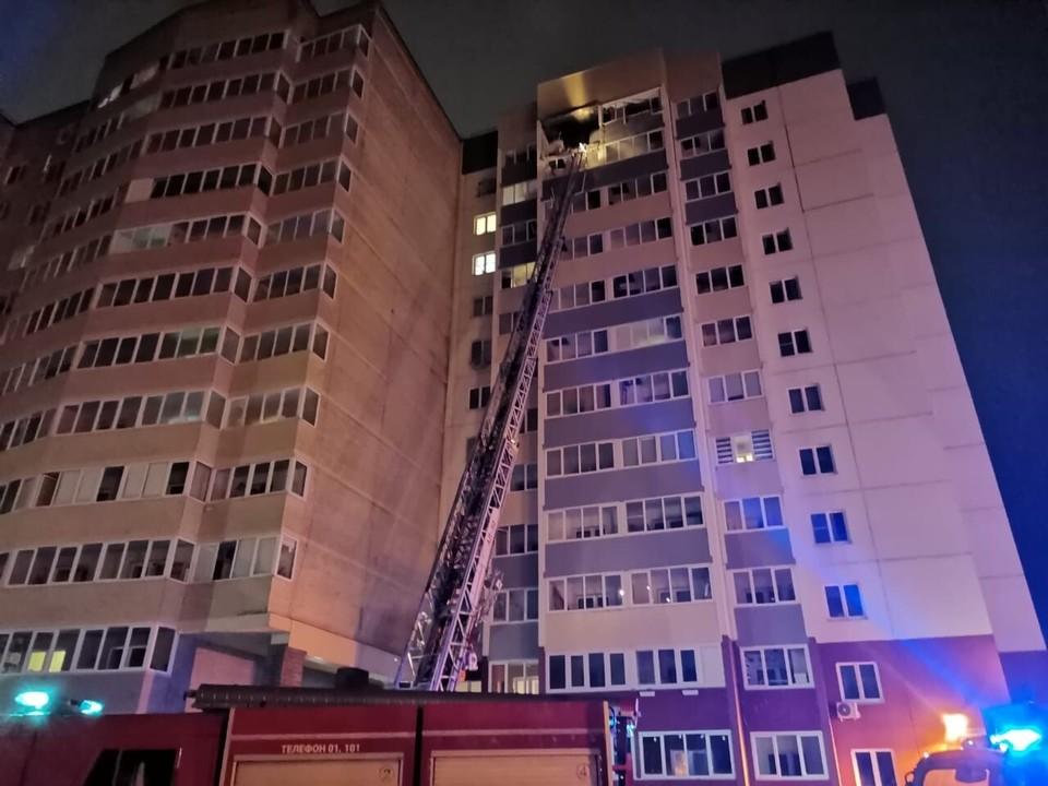 """""""В домах напротив дрогнули стены"""": мощный взрыв прогремел в одном из жилых домов во Всеволожске"""