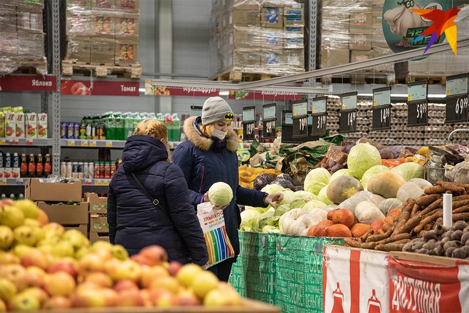 Уже 3 декабря надо готовиться к новому антирекорду - в Мурманской области будет свыше 28 тысяч зараженных с начала пандемии. Сейчас их 27996 человек.