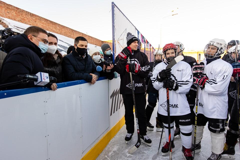"""Хоккейная коробка в Коркино - одна из пяти, построенных по совместному проекту ХК """"Трактор"""" и РМК."""