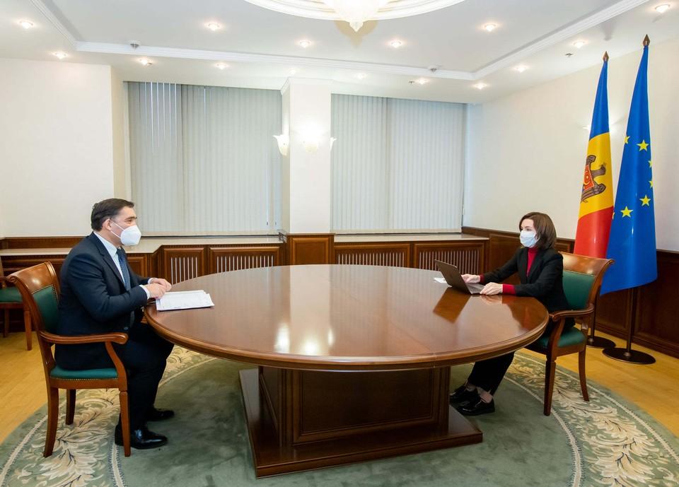 В кабинете Майи Санду не хватает флага СНГ (Фото: соцсети).