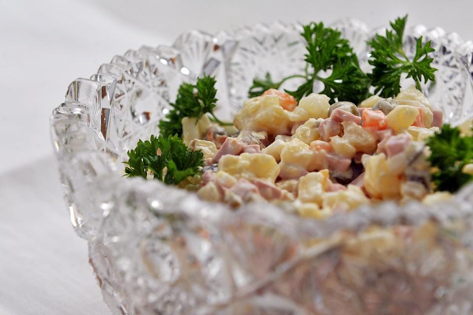 Рост стоимости новогодних салатов обогнал официальную инфляцию