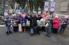 «Комсомолка» с Дедом Морозом развезла подарки детворе Донбасса