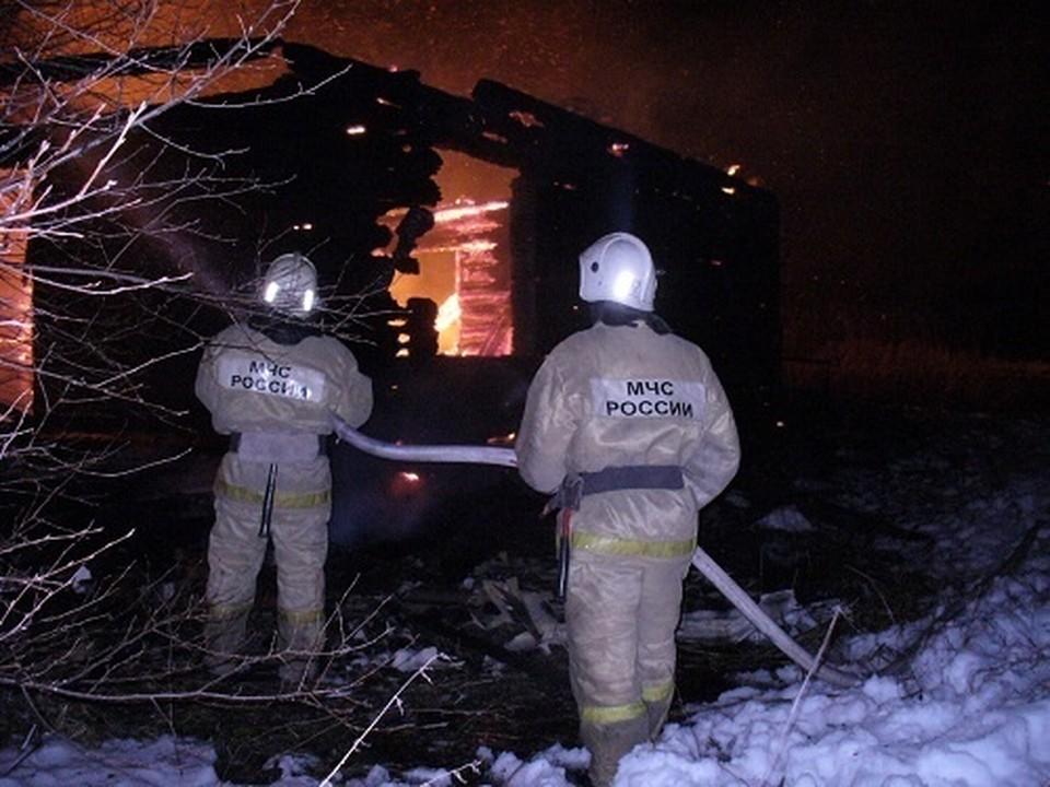 Для ликвидации последствий пожара привлекались сотрудники МЧС.