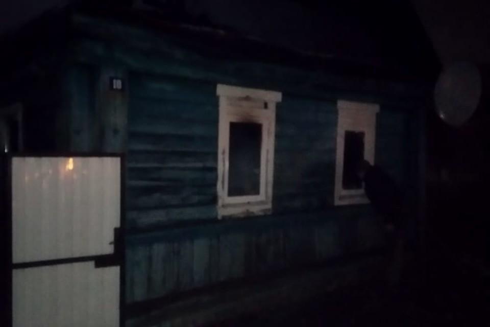 В ночь с 4 на 5 января в Трубчевске горел жилой дом. Один человек травмирован.