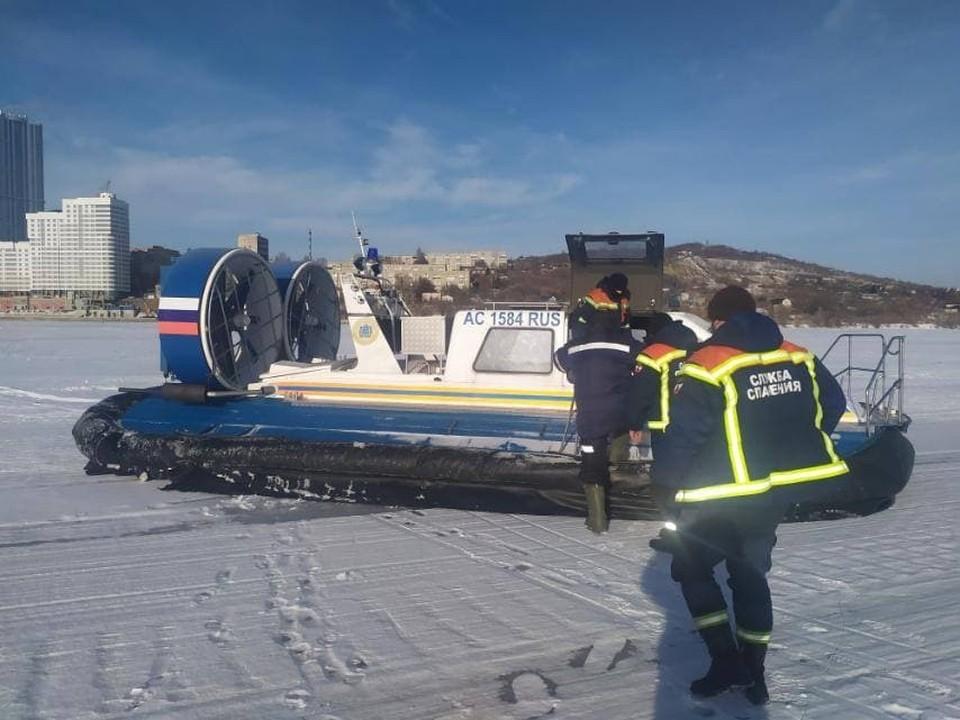Спасатели пришли на подмогу рыбаку