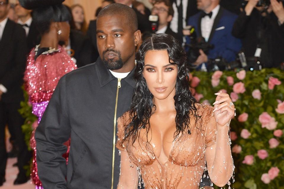 Ким Кардашьян и Канье Уэст решили развестись.