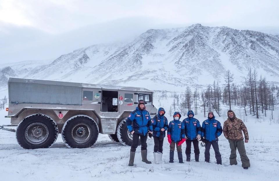 Маршрут автоколонны включает 6 регионов России и протянулся на 4 тысячи километров.