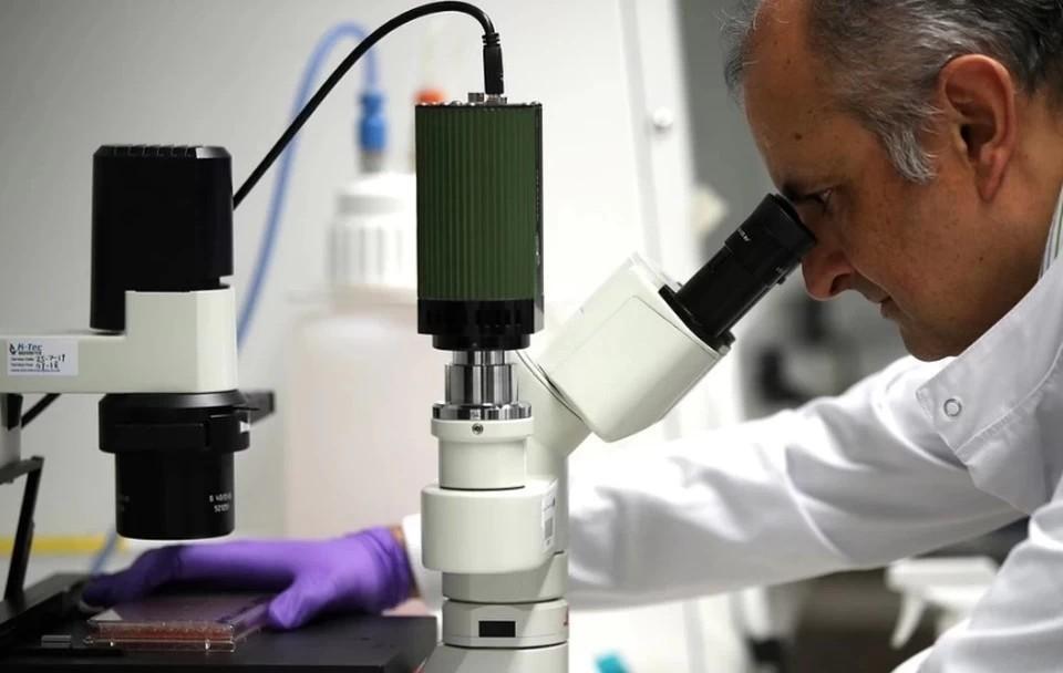 Насколько опасно лечить коронавирус радиацией, рассказал вирусолог