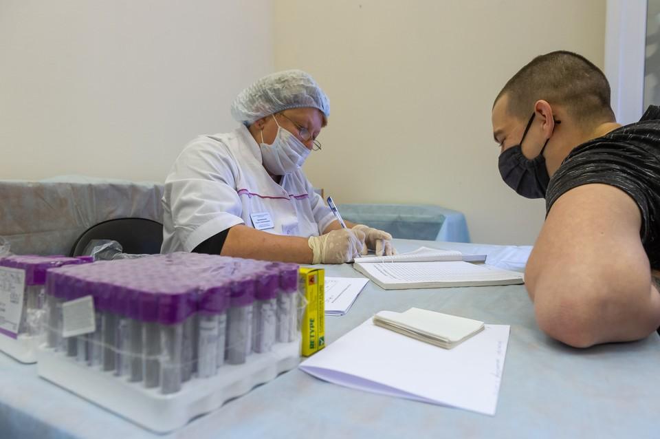 Более 37 тысяч человек сдали тесты на коронавирус за сутки.