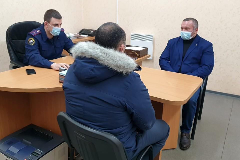 11 января задержали главу администрации Зеленоборского Руслана Кайибханова. Фото: СУ СКР по Мурманской области.
