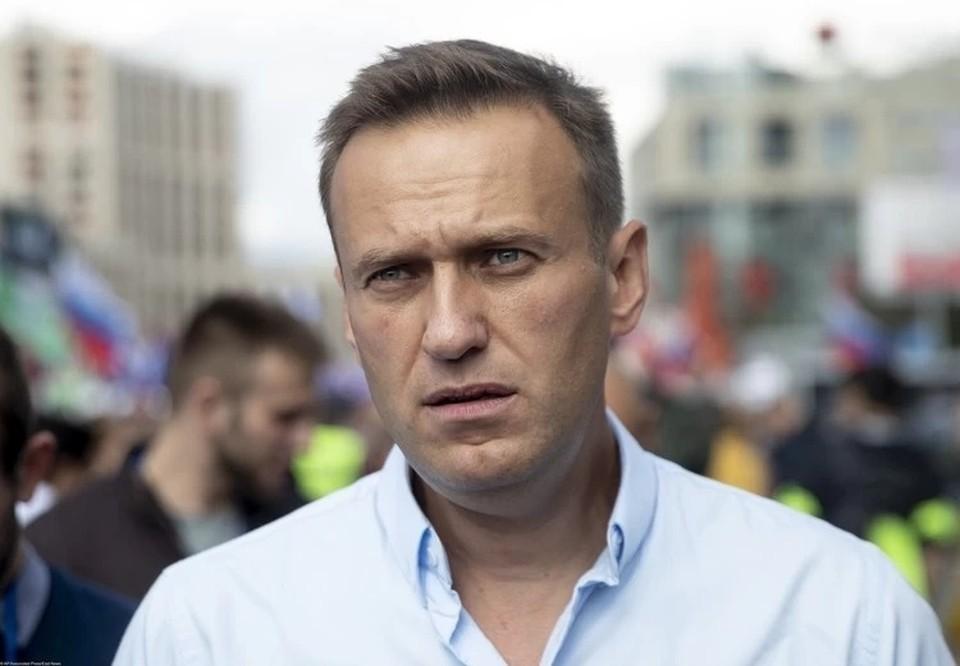 Алексея Навального вот-вот должны были обьявить в международный розыск