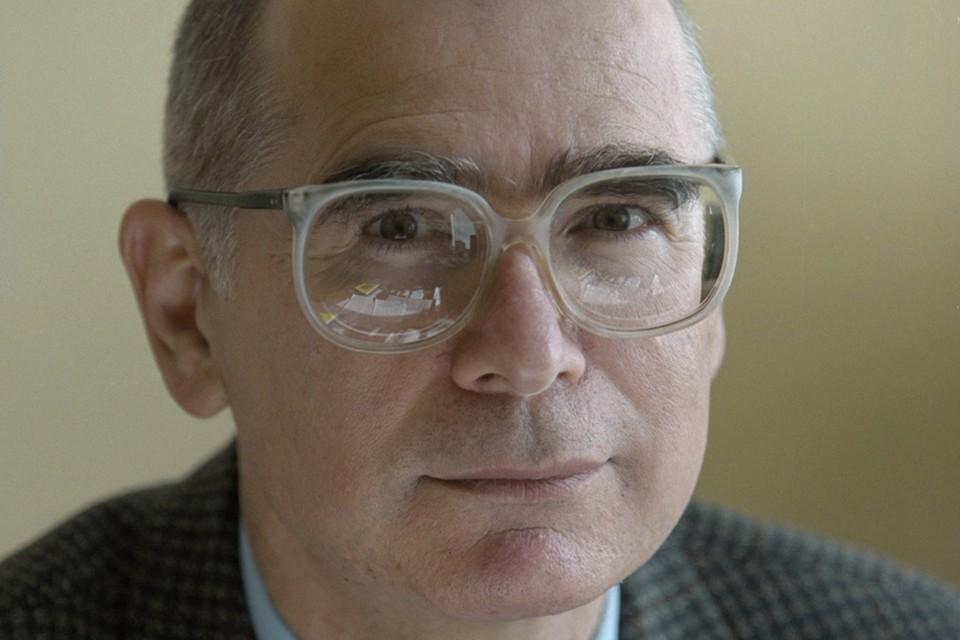 Тело политика обнаружили в его квартире в Москве. Амин Осмаев умер на 72 году жизни. Фото: Кавашкин Борис/Фотохроника ТАСС