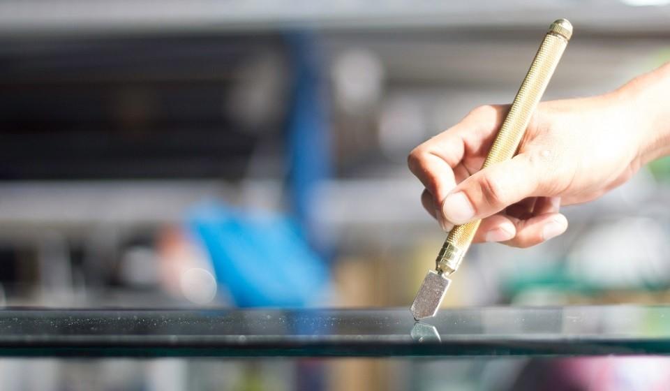 Лучшие стеклорезы: какой инструмент подходит вам?