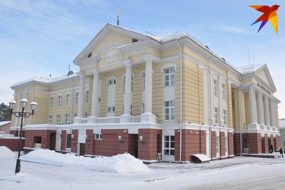 Утро в Ижевске: эвакуация из-за опрокинувшегося бензовоза и запись на вакцинацию от ковида