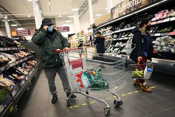 Американец ограбил супермаркет на $1 миллион, не притрагиваясь к товарам