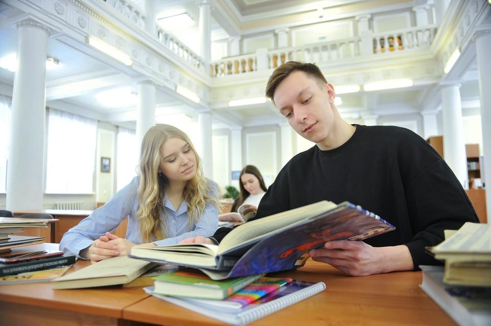Минобрнауки дало рекомендации по возвращению к очному обучению в вузах