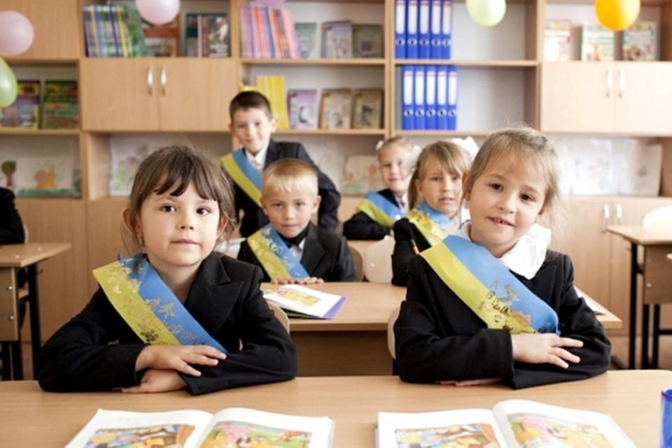Украина похожа на Молдову тем, что в обеих странах не прекращаются споры о языках. Фото news.24tv.ua.