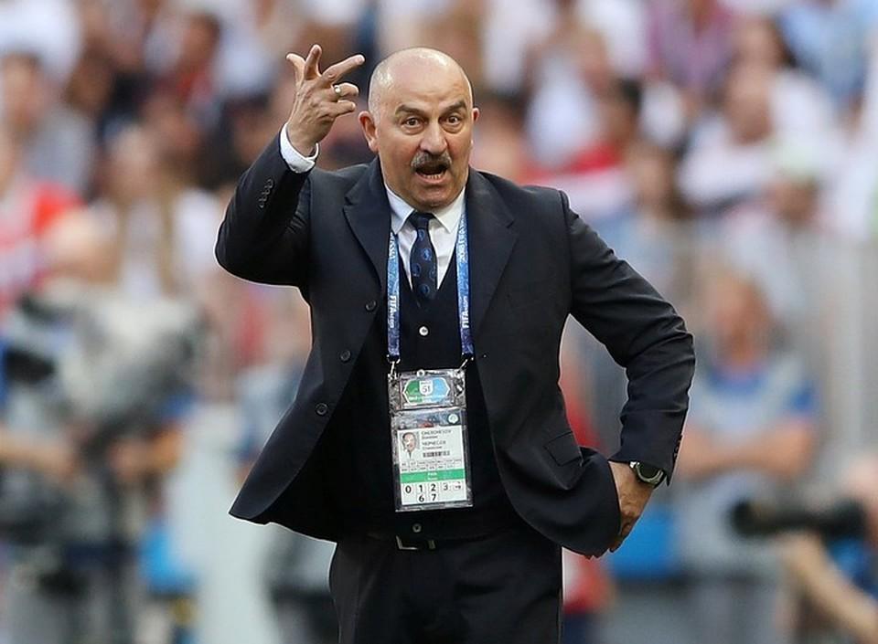 У главного тренера сборной России Станислава Черчесова остается кредит доверия даже после шести подряд поражений и разгрома от Сербии