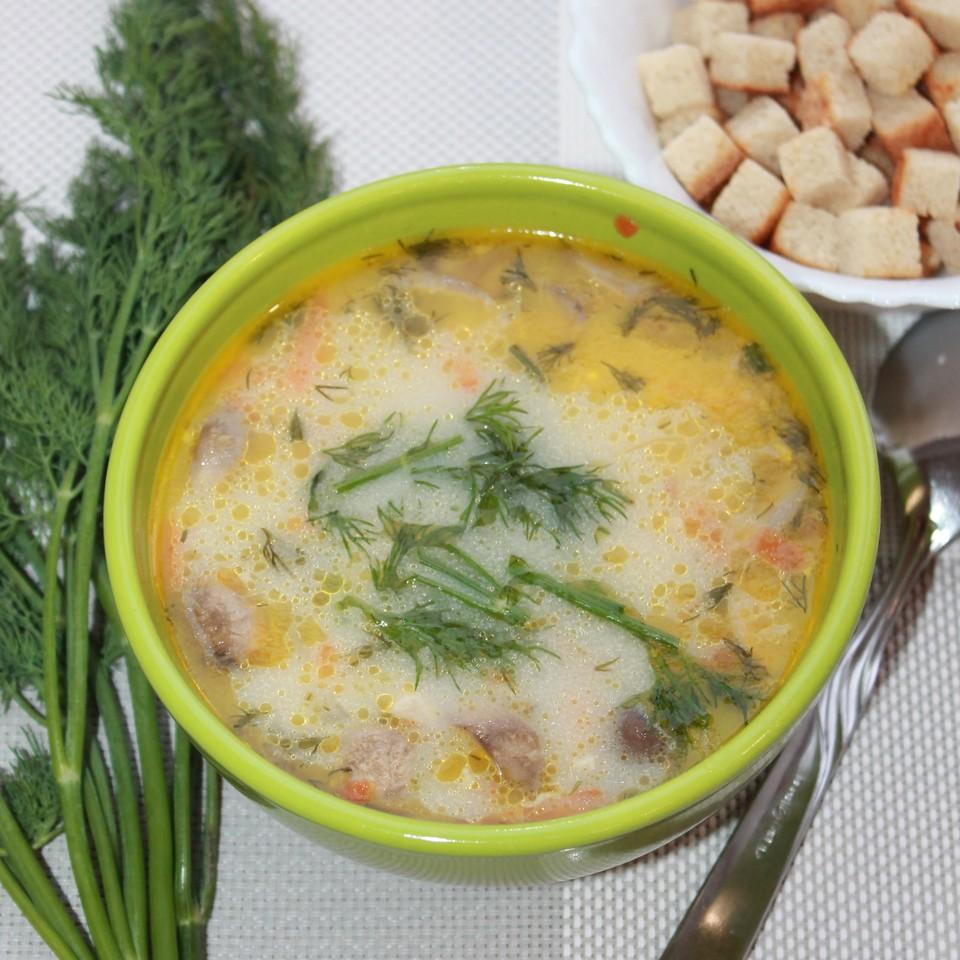 Восхитительный грибной суп-жюльен по-сыктывкарски очарует и влюбит в себя всех домочадцев, даже не сомневайтесь!