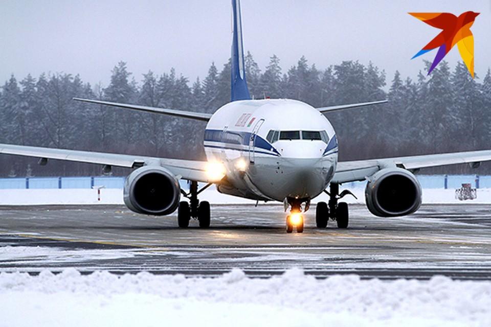 Как справляется минский аэропорт со снегопадом.