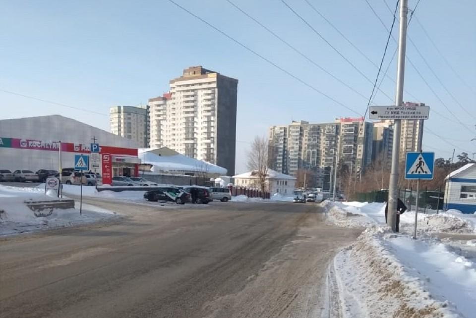Прежде чем скрыться, водитель довез пострадавшего мальчика до дома. Фото: ГИБДД по Новосибирску.