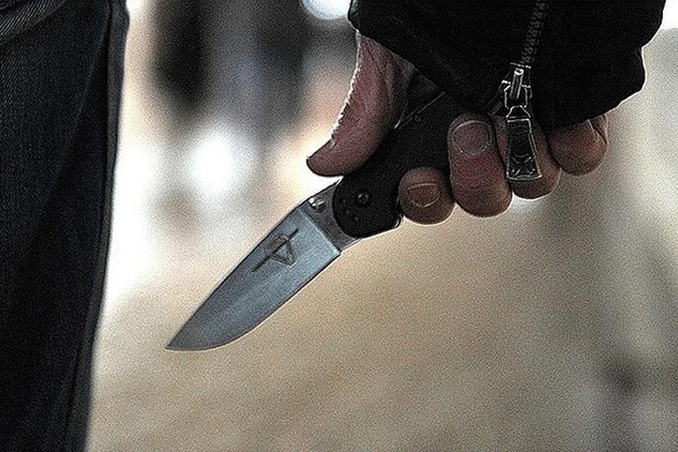 Мужчина напал на бывшую жену в магазине
