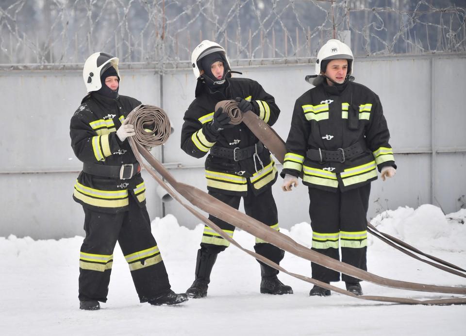 Причину пожара еще предстоит выяснить специалистам.
