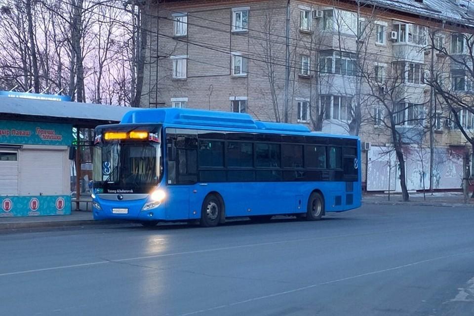 Общественный транспорт может ходить с перебоями в Хабаровске из-за погоды