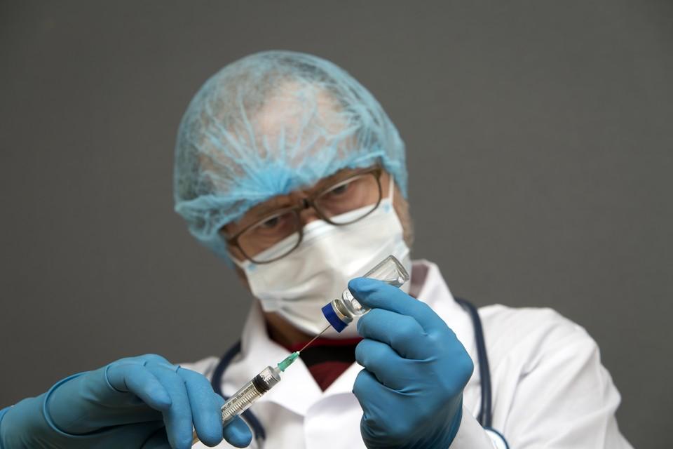 """Шведская газета заявила, что старания ЕС в программе вакцинации """"оборачиваются фиаско""""."""
